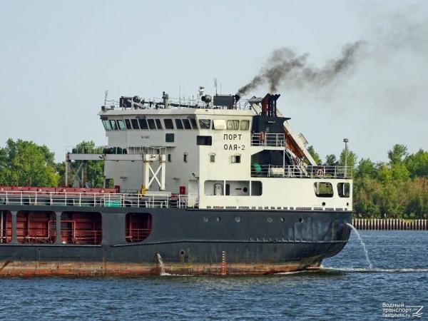 به گل نشستن کشتی حامل کالا به مقصد ایران در رودخانه ولگا